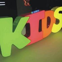 Acrylbuchstaben mit Licht