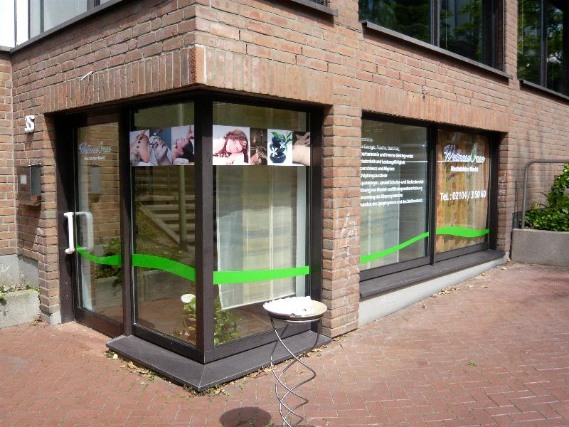 wellness-oase-schaufensterbeklebung-2